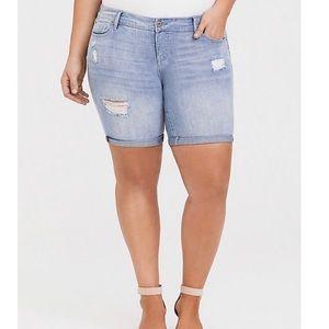 Torrid NWT bermuda jean shorts